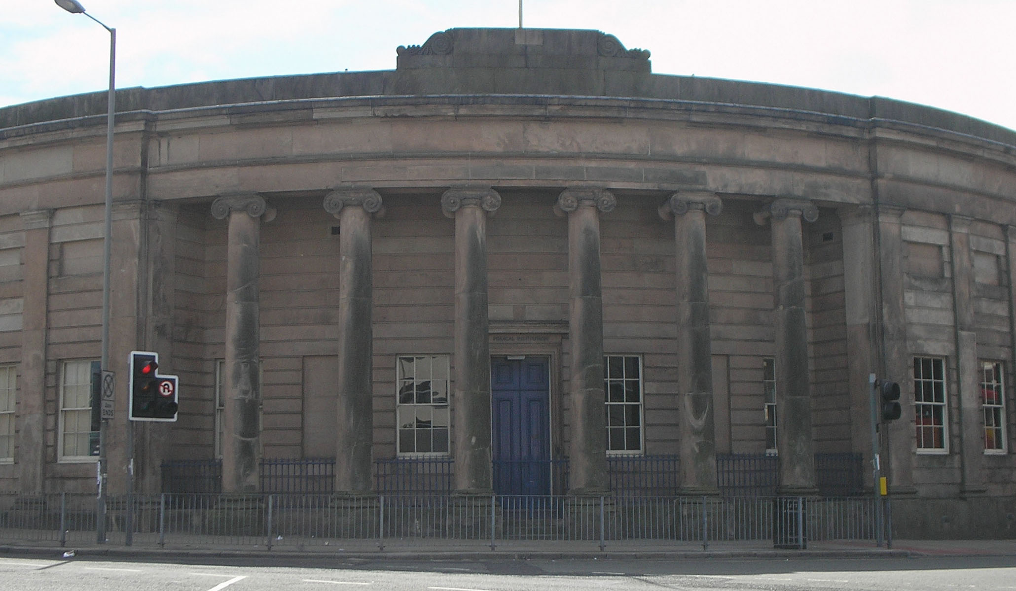 Front of Liverpool Medical Institution