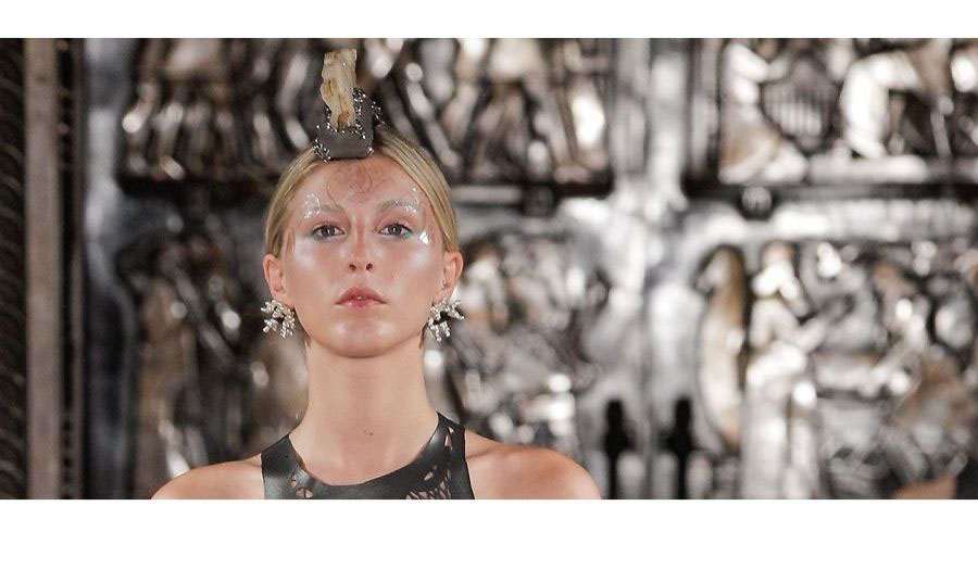 Cass Jewellery and Silversmithing graduate Jekaterina Atarinove joins Mariana Jungmann for London Fashion Week Show