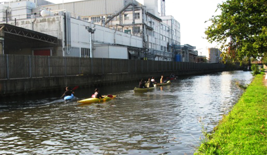 Hayes project, students kayaking on the canal