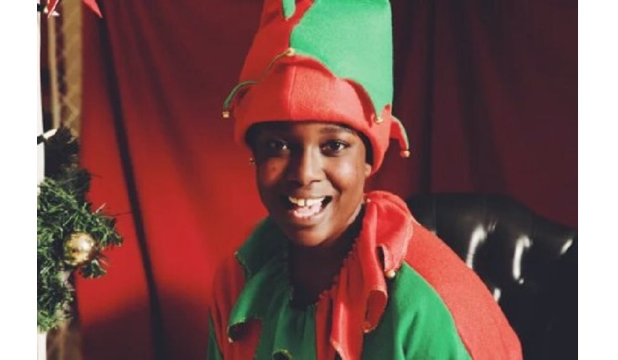lolly as an elf