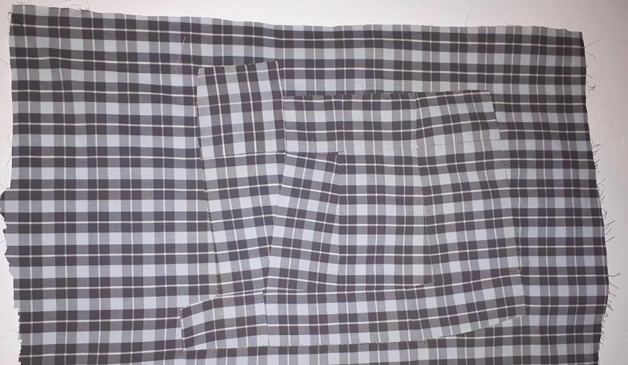 A spread cloth with chequered pattern
