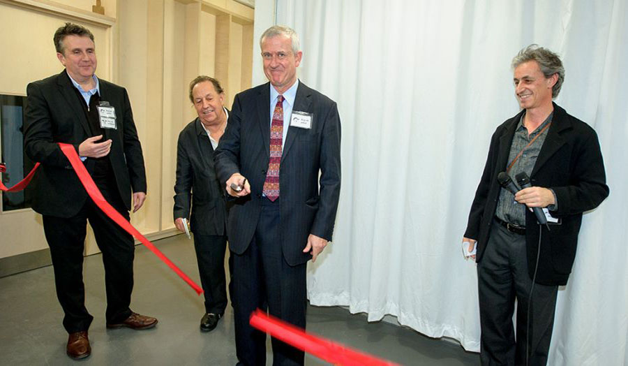 Malcolm Gillies New Floor Opens