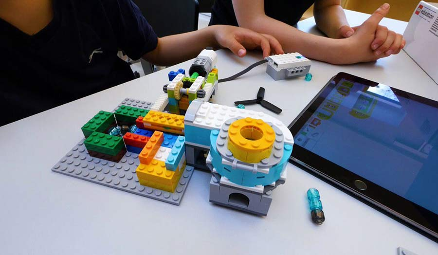 Playful education with Lego