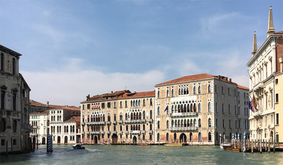 Palazzo Giustiniani and Ca' Foscari, Grand Canal Venice, David Howarthalt