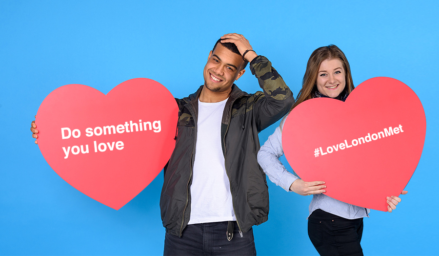 Students with hearts, LoveLondonMet / Love London Met.
