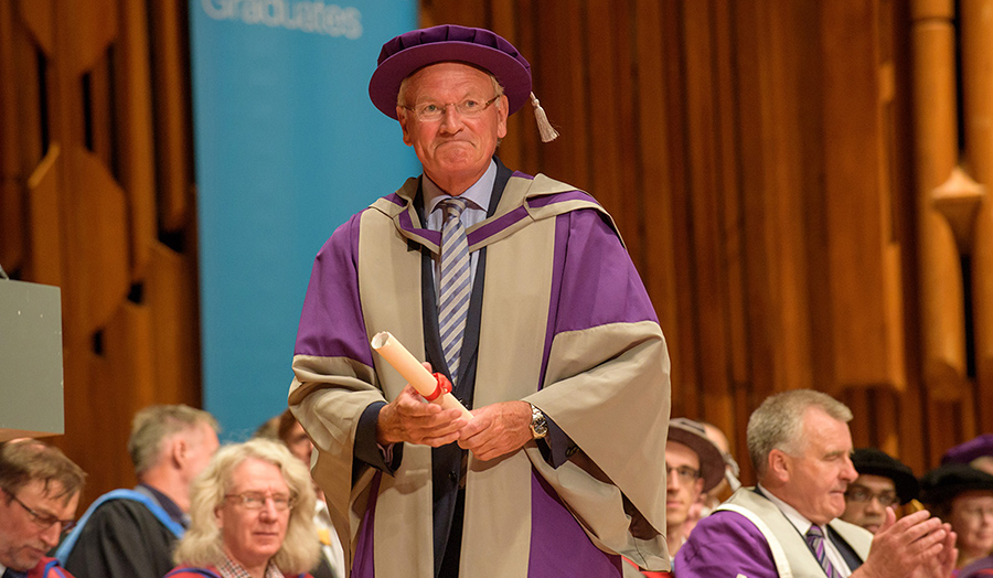 Sir William Castell honorary doctor